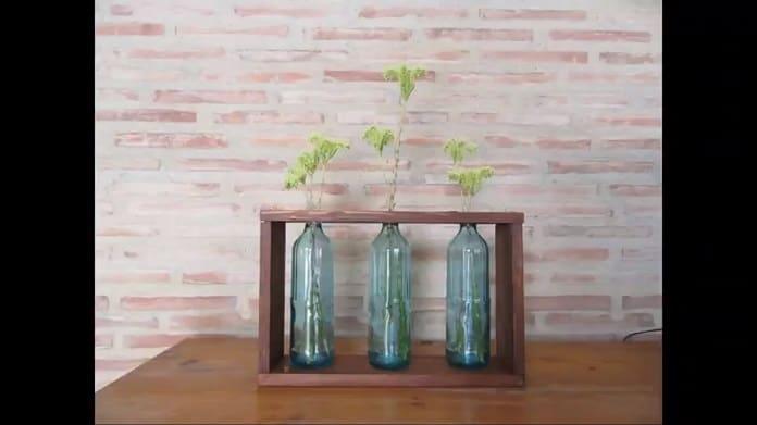 Hacer un jarrón de vidrio.