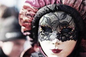 pasos para hacer una máscara veneciana